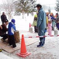 体験イベント(冬のカムイの杜公園で遊ぼう・餅つき体験)
