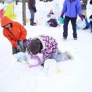 体験イベント(冬のカムイの杜公園で遊ぼう・スノーキャンドル作り)