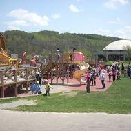 大型木製遊具