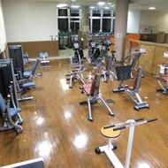 ウォームアップコーナー(筋肉トレーニングマシン)