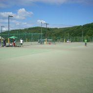 テニスコート(砂入人工芝・夜間照明)